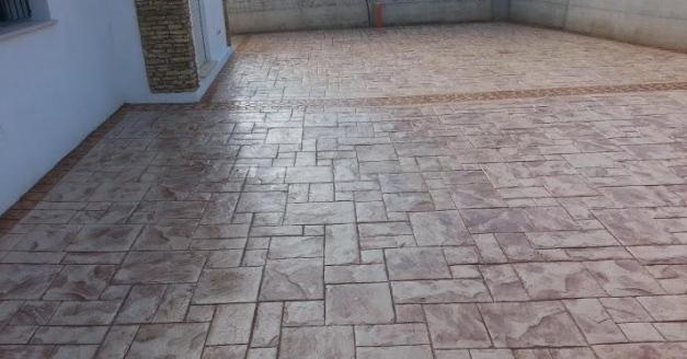 Pavimento in cemento stampato interesting pavimento in - Pavimenti stampati per esterni ...